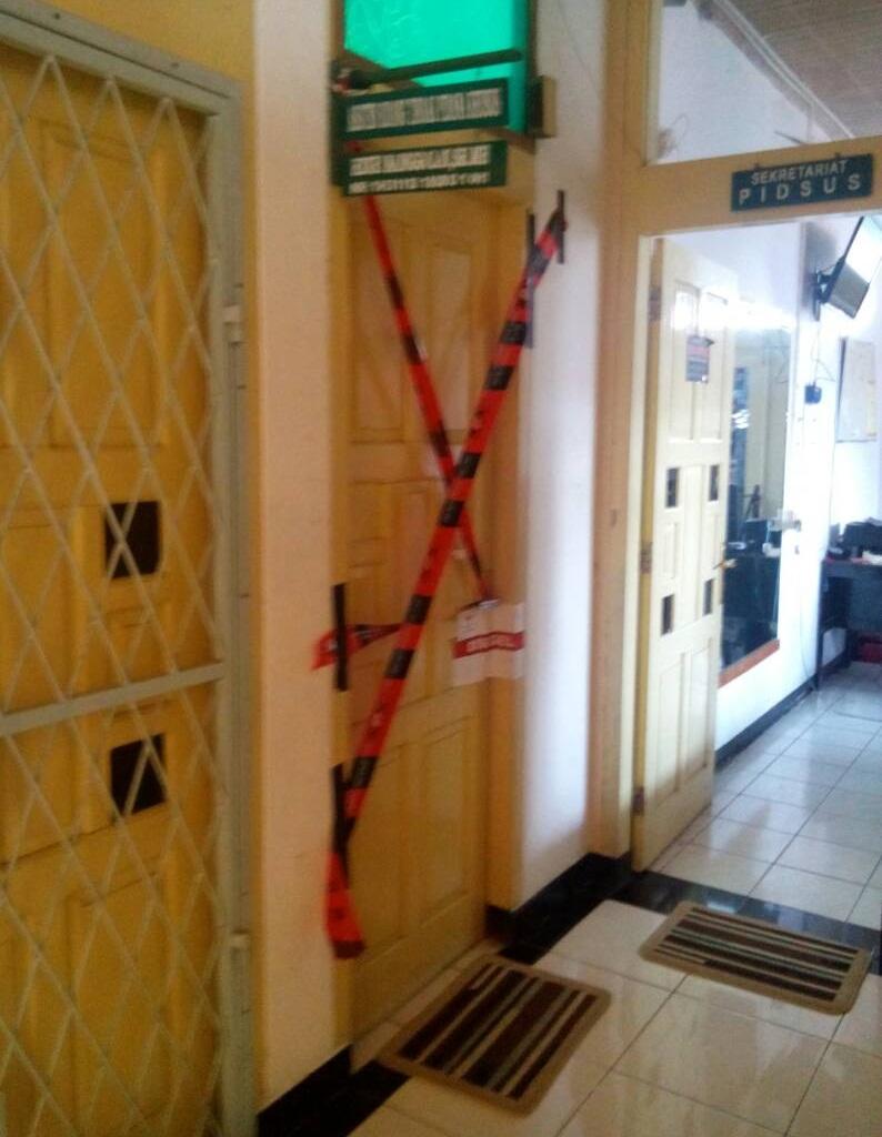 Ruangan di Kejati Bengkulu yang telah terpasang KPK line/progres.id/fery