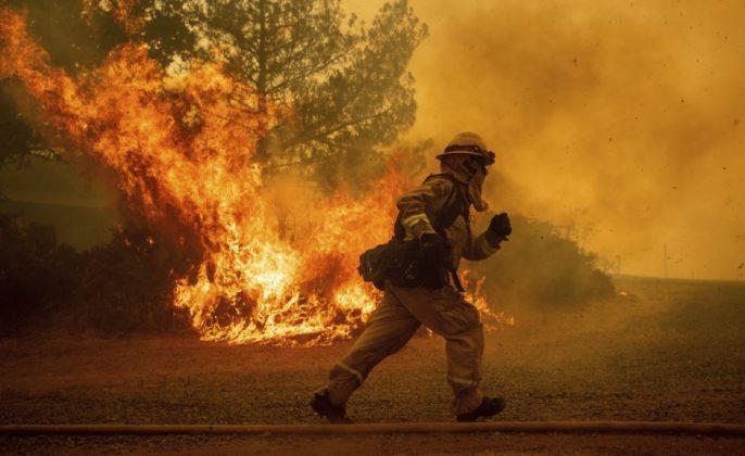 Kebakaran hutan california