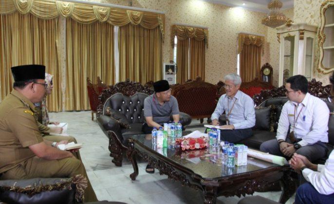 Gubernur Rohidin menerima manajemen Hutama Karya