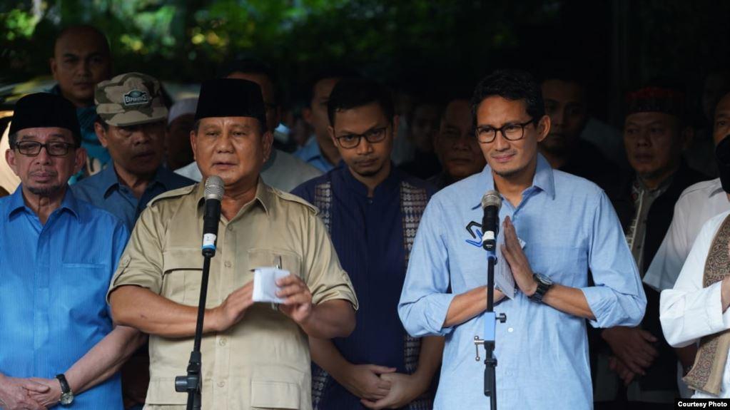 Prabowo Subianto dalam konferensi pers di Kertanegara, Jakarta, Rabu sore (22/5) didampingi sejumlah petinggi BPN, termasuk cawapres Sandiaga Uno. (Courtesy : BPN Prabowo-Sandi)