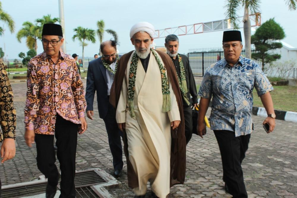 Tokoh asal Iran Prof. Ayatollah Mohsen (Foto: MC Prov. Bengkulu/PROGRES.ID)