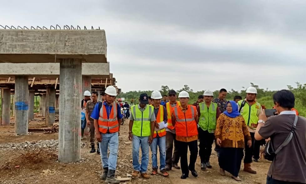 Gubernur Bengkulu meninjau pembangunan