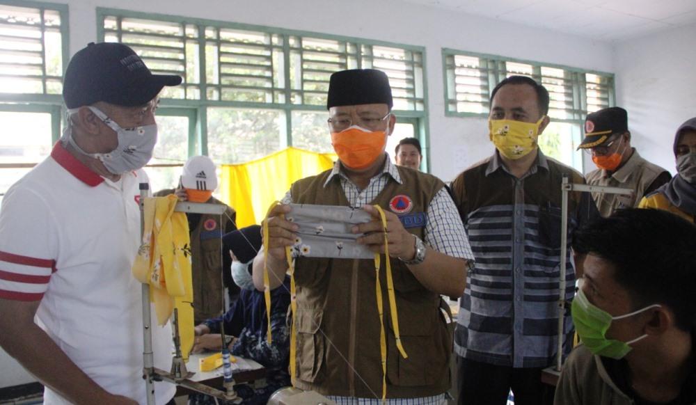 Gubernur Bengkulu Rohidin Mersyah meminta semua BLK di Provinsi Bengkulu dapat memproduksi masker (Foto: MC Pemprov Bengkulu/PROGRES.ID)