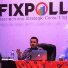 Direktur Fixpoll Indonesia membeberkan hasil survei lembaganya (Foto: RBO)