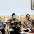 Penjabat Gubernur Bengkulu Robert Simbolon saat menyampaikan sambutannya pada rakor virtual di Bengkulu (Tangkapan Layar Zoom Meeting/PROGRES.ID)