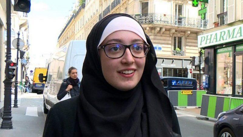 Maryam Pougetoux, pemimpin organisasi mahasiswa Prancis yang dikecam karena memakai hijab | Foto: AFP via BBC.com